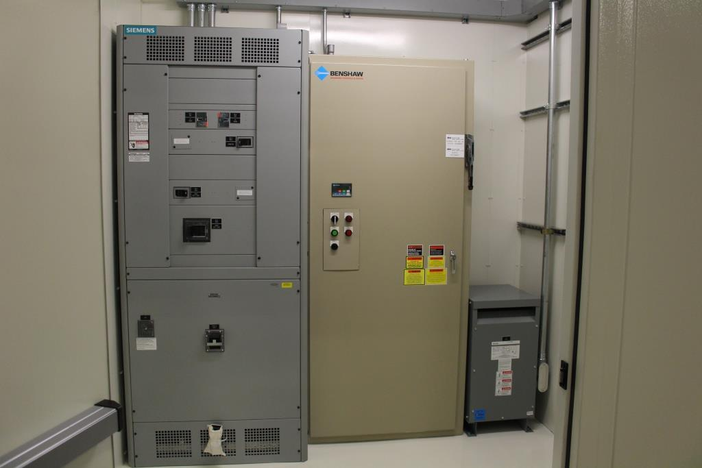 Power Distribution Center (E-House)