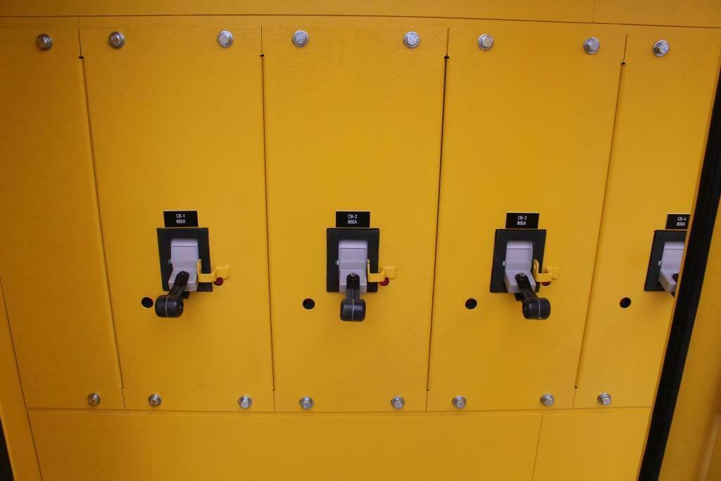 2000 amp 480 Volt Power Distribution Center